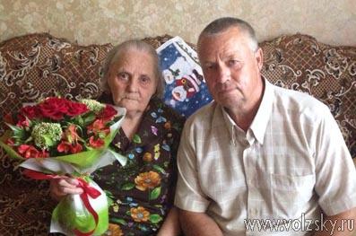 Ветеранов поздравили с днём рождения