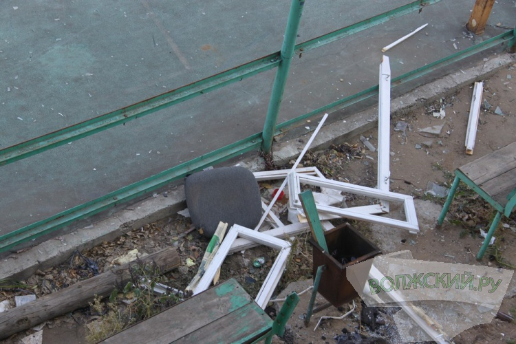 Власти Волжского активно ищут виновника погрома молодёжного клуба