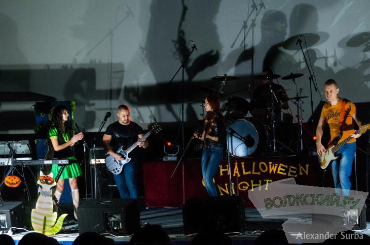 Во Дворце молодежи «Юность» прошел Хэллоуин в стиле «Рок»