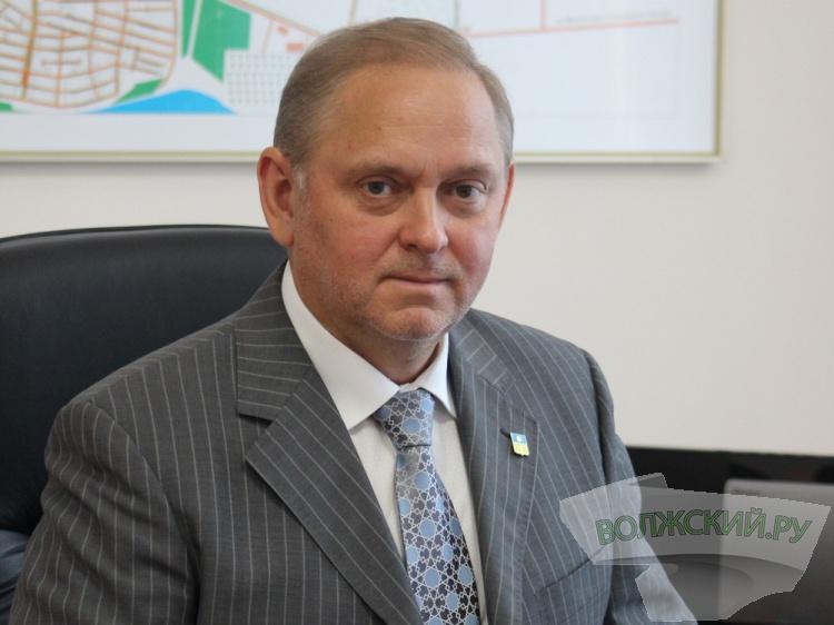 Путин отправил поздравление омскому губернатору Буркову сДнем единства