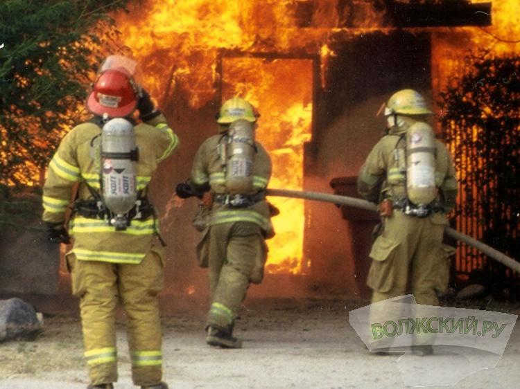 Задва часа вВолгоградской области сгорели две бани