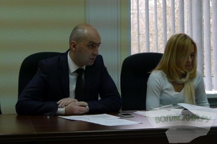 Замуправляющего делами гордумы начнет составлять протоколы об административных правонарушениях