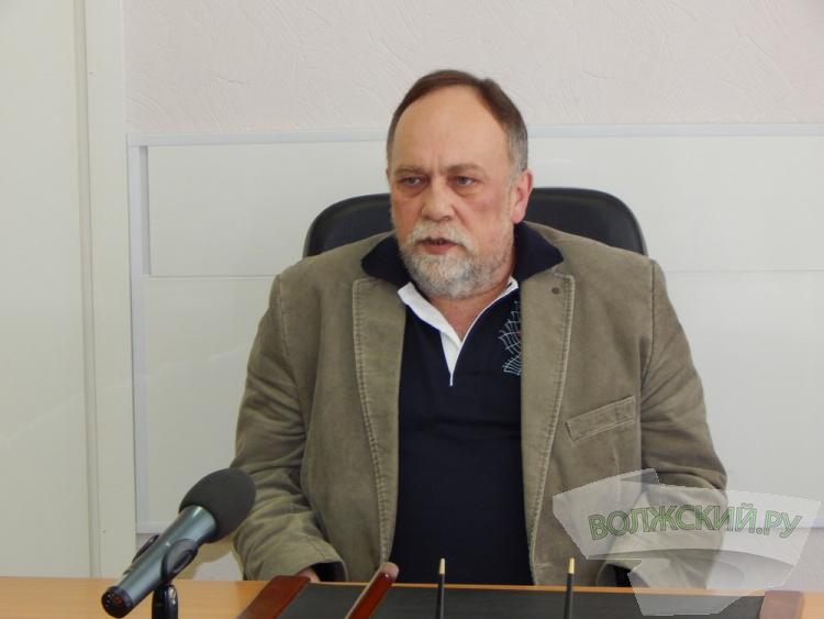 «А будут ли булочки?». Александр Резников рассказал, что станет с бесплатным питанием в школах Волжского