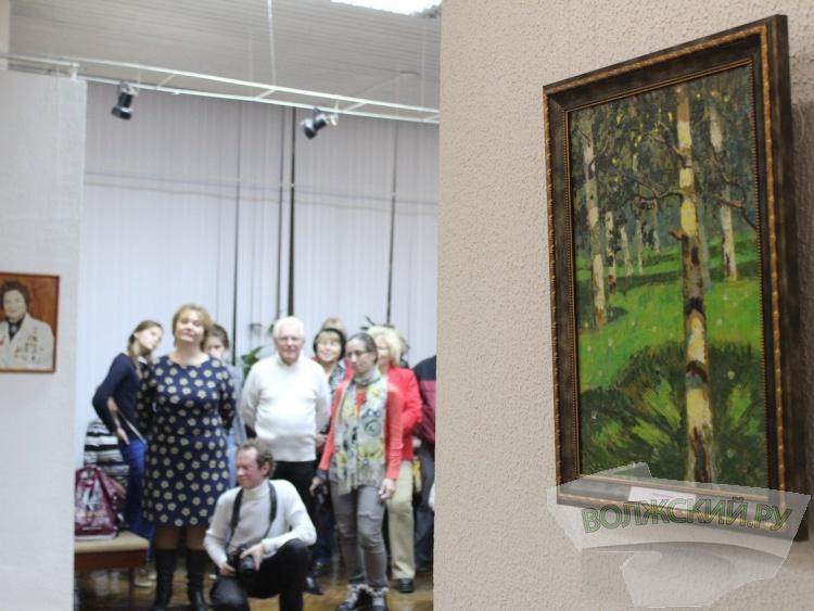 В Волжском открылась мемориальная выставка