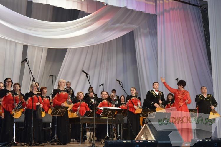 Back to СССР: для волжан сыграли музыку из советского кино