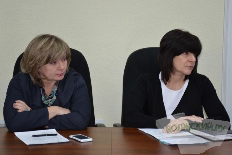 Детям-инвалидам в Волжском выделят 300 тысяч рублей на бассейн