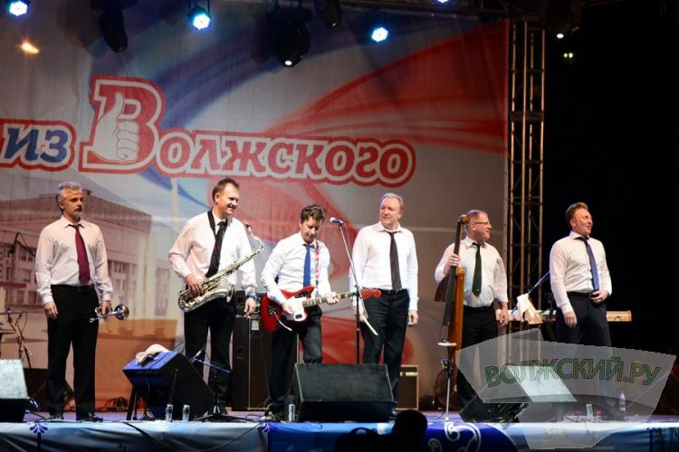 Как Волжский отметил свой 61-й день рождения? Большой фоторепортаж с праздника