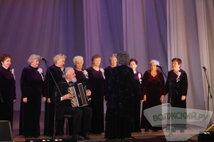 Ко Дню победы в Сталинградской битве в Волжском прошел концерт