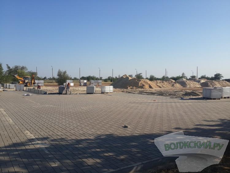 Концертную площадку в парке «Волжский» не достроят к празднику