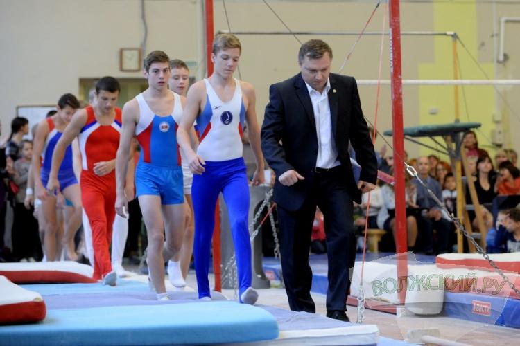 Красота спасет спорт: волжские гимнасты отметили свой праздник