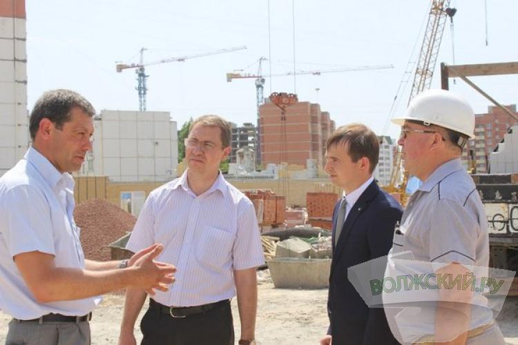 Новый детский сад в Волжском достроят в декабре