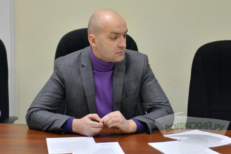 Волжские чиновники сменят «бизнес-класс» на «эконом»