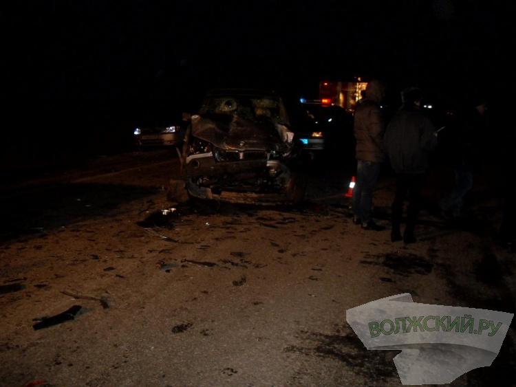В ДТП с волжанами погибли двое человек