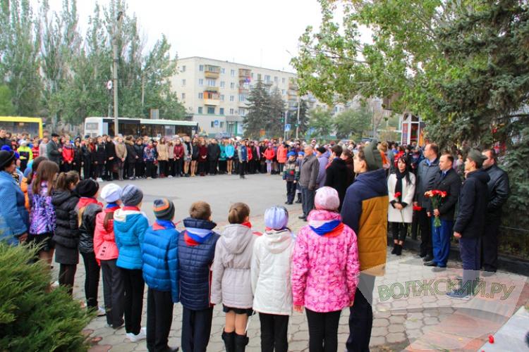 В Волжском почтили память генерала Карбышева