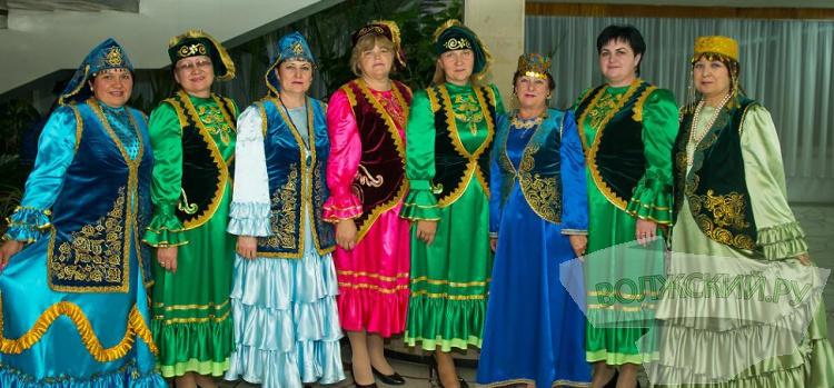 В Волжском прошел Большой татарский концерт