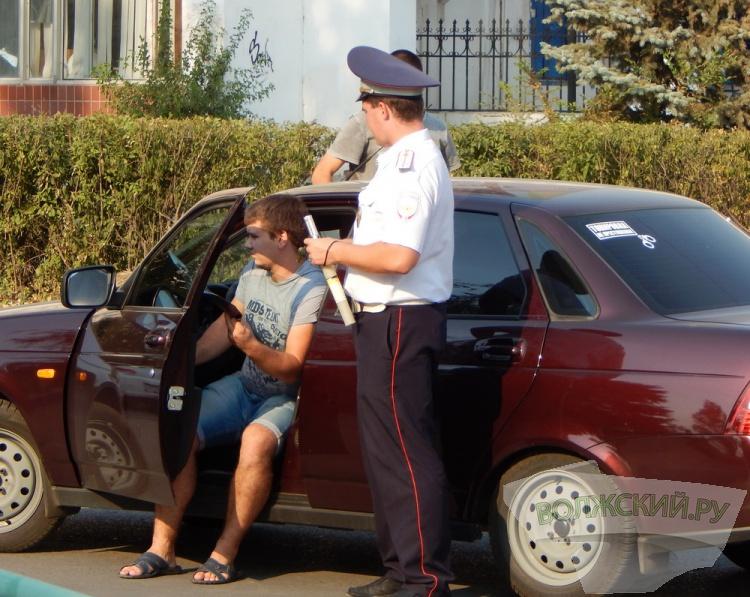В Волжском «растонировали» нерадивых автолюбителей