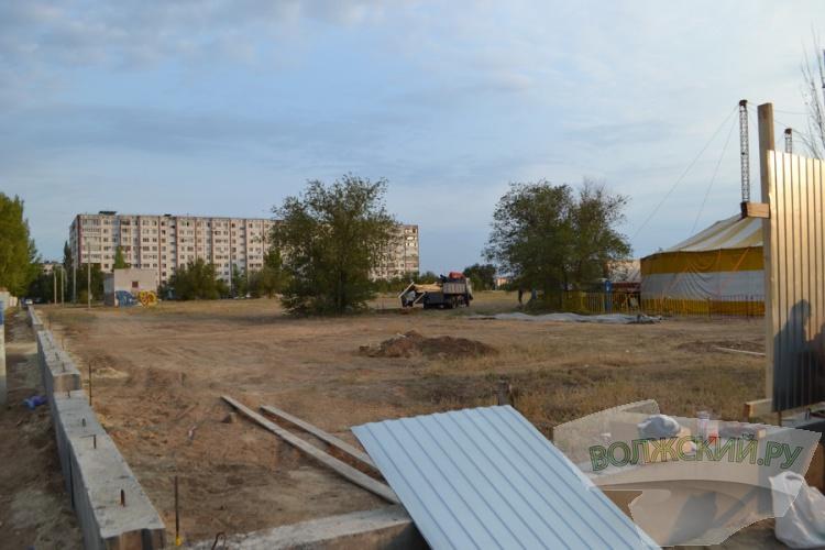 В Волжском рядом с «Волгамоллом» появится «ОБИ»?