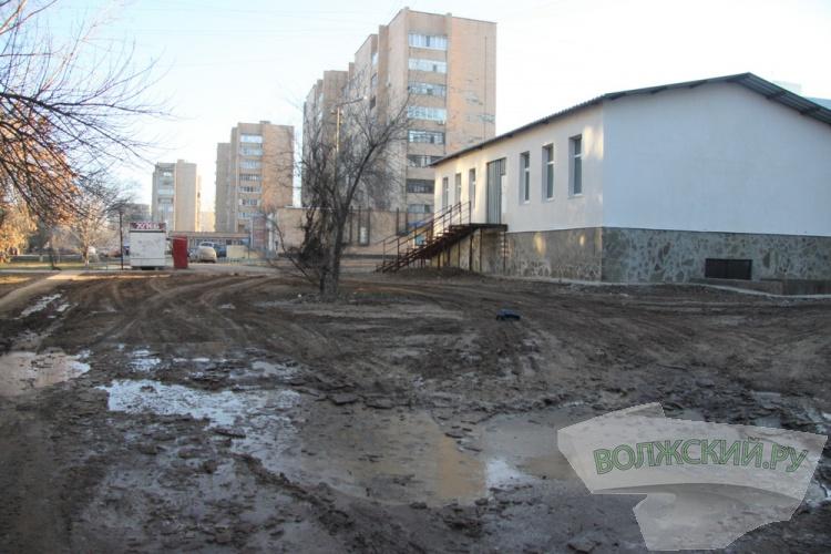 Волжские стройки продолжают «пачкать» город