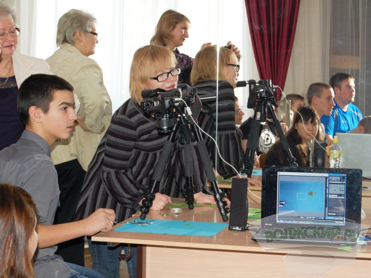 Волжским детям-инвалидам дали мастер-класс аниматоры