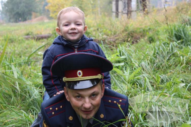 <b>Волжский.ру</b> наградил защитников Отечества