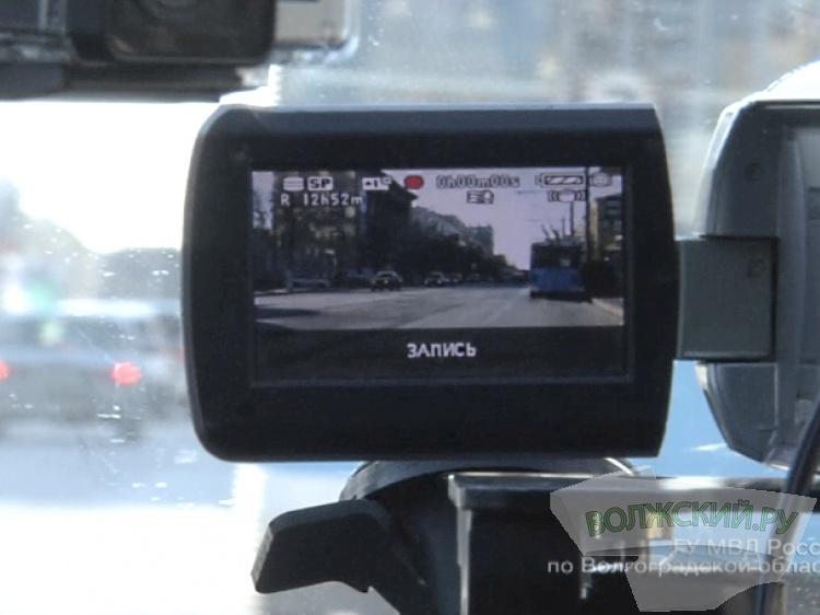 Каждый автомобиль в Российской Федерации снабдят «черными ящиками» к 2020