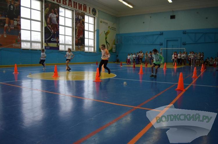 Юные спортсмены Волжского тестировали новую федеральную программу