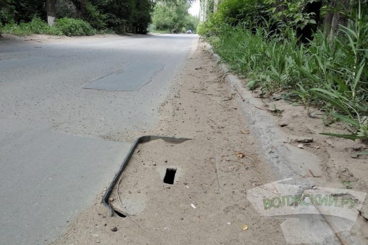 «Виновником» майских потопов в Волжском оказались...корни деревьев