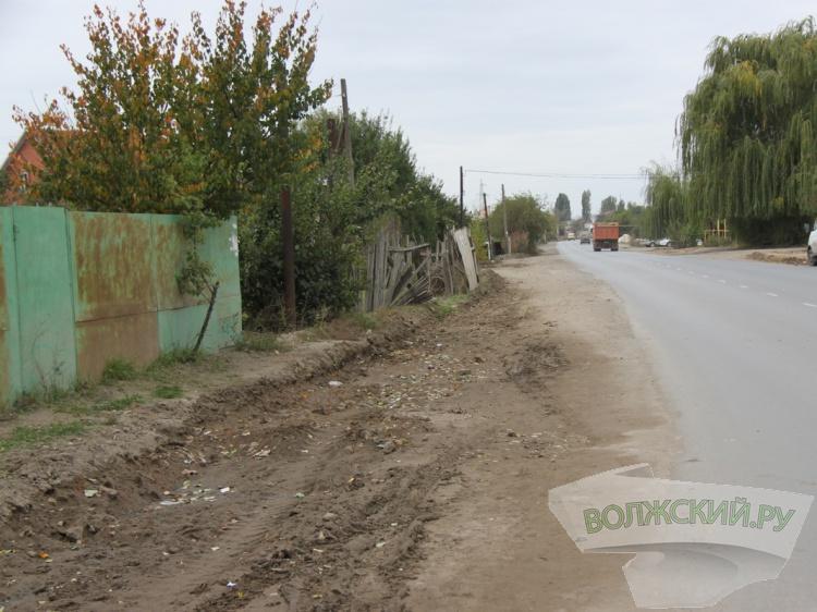 На острове Зеленый сносят незаконные постройки вдоль красной линии