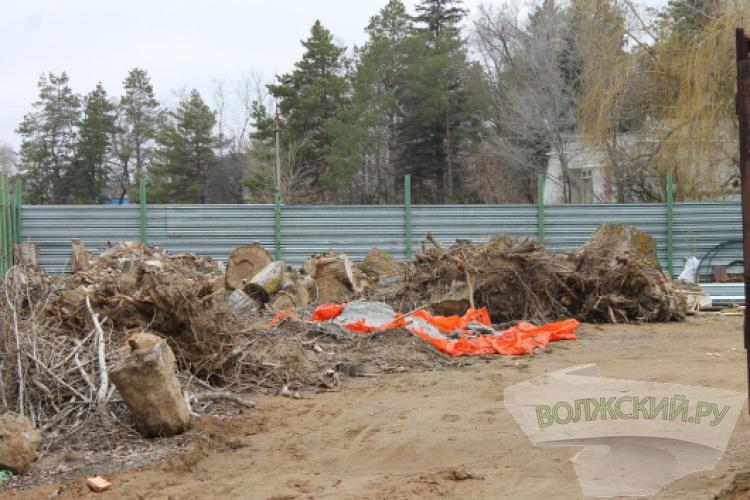 Общественники возмущены застройкой берега реки Ахтуба в Киляковке