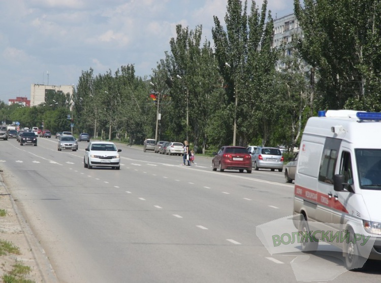 Пешеходы и водители продолжают нарушать