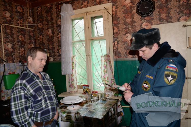 Сотрудники МЧС «навестили» последних жителей Зеленого