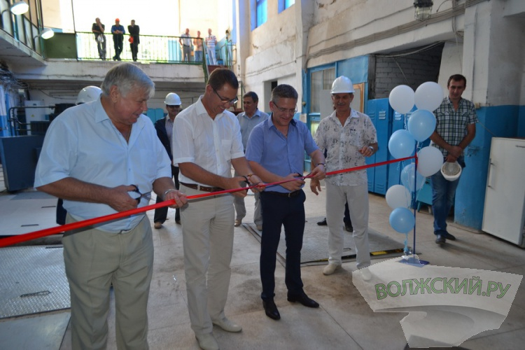 В новой части Волжского совершенствуют канализацию