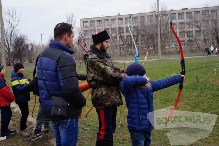 В поселке Краснооктябрьский простились с зимой