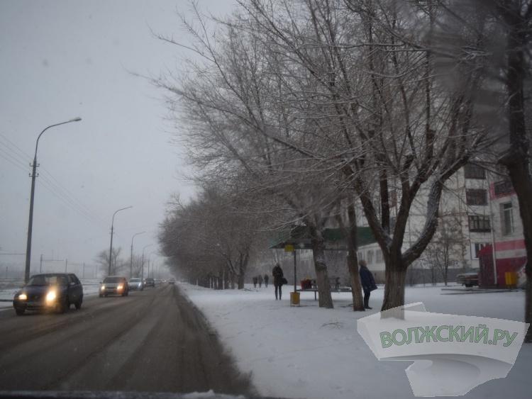 В Волжском автобусные остановки проверят на соответствие ГОСТ