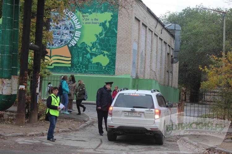 В Волжском ловили недобросовестных водителей-родителей