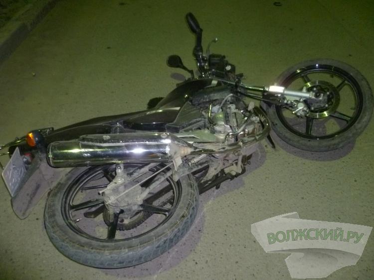 В Волжском насмерть разбился 18-летний мотоциклист