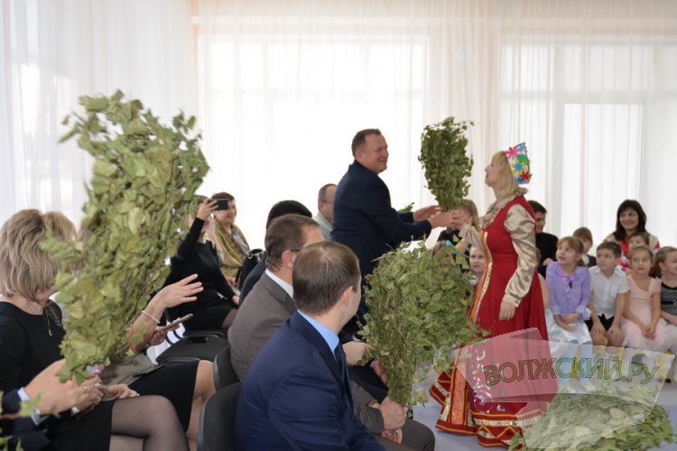В Волжском после капремонта открылись еще 2 детских сада