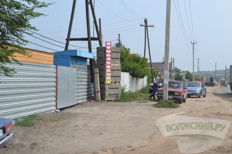 В Волжском продолжают бороться за новую дорогу на Зеленом