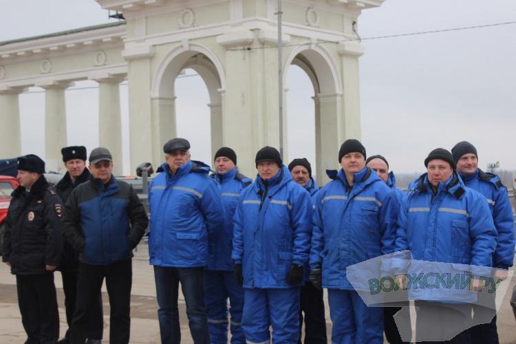 В Волжском проверили готовность оперативных служб к паводку