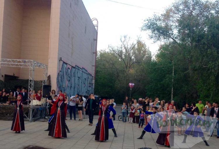 ВДТ отметил День Победы акцией «Голубь мира!»