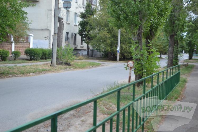 Волжская «музыкалка» просит вернуть пешеходный переход