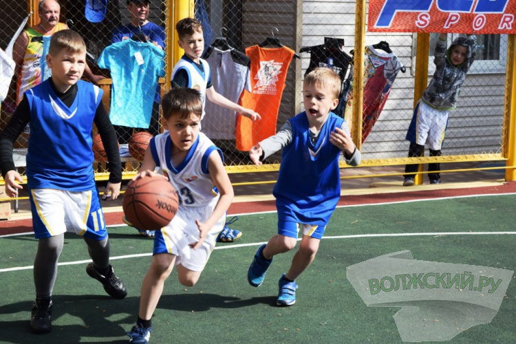 Волжские баскетболисты победили на всероссийских стартах