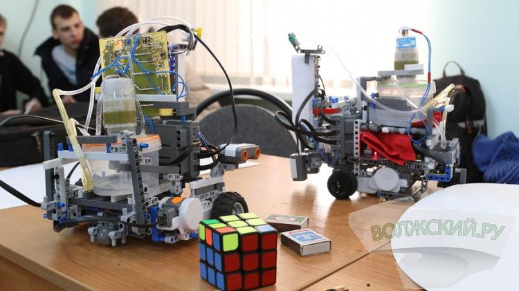 Волжские изобретатели создали лучших роботов-пожарных