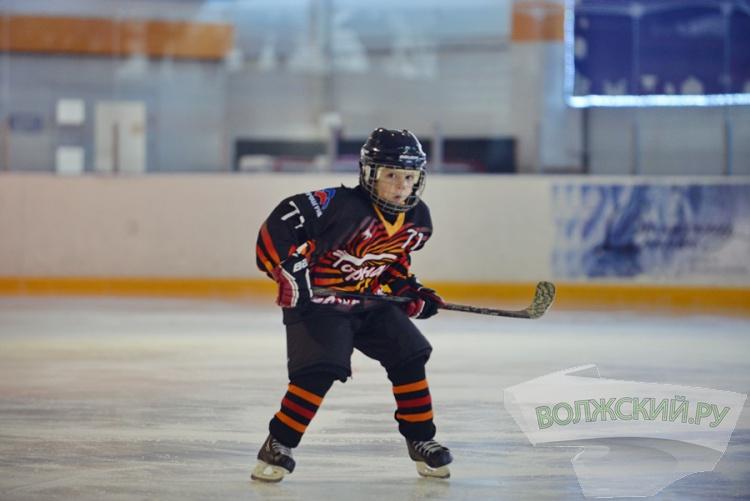 Волжский отмечает Всероссийский День зимних видов спорта