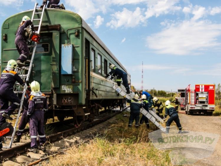 ВВолгоградской области прошли учения спасателей