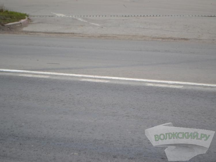 ВВолжском хулиганы перерисовали дорожную разметку