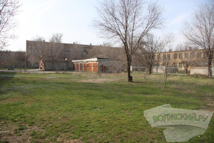 Глава города объехал проблемные точки Волжского