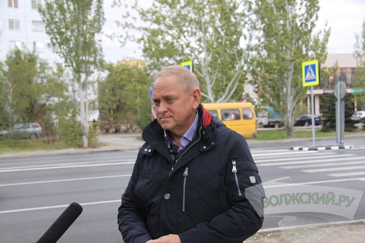Игорь Воронин проинспектировал строительство детского сада в 28 микрорайоне