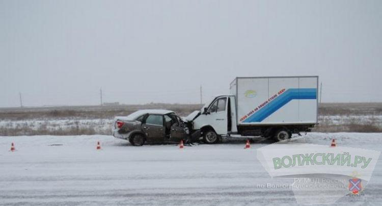 На трассе близ Волжского за да часа произошли два ДТП