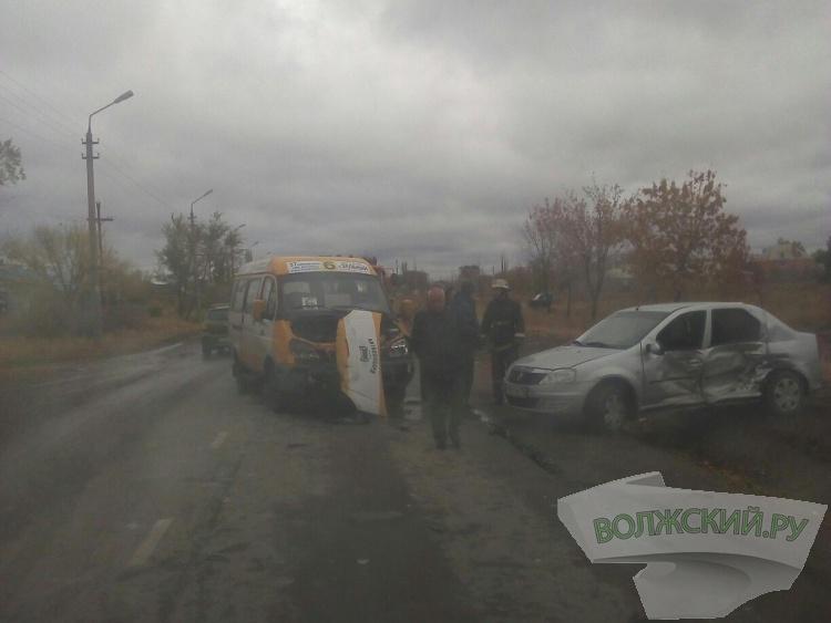 Нетрезвая волжанка протаранила автобус
